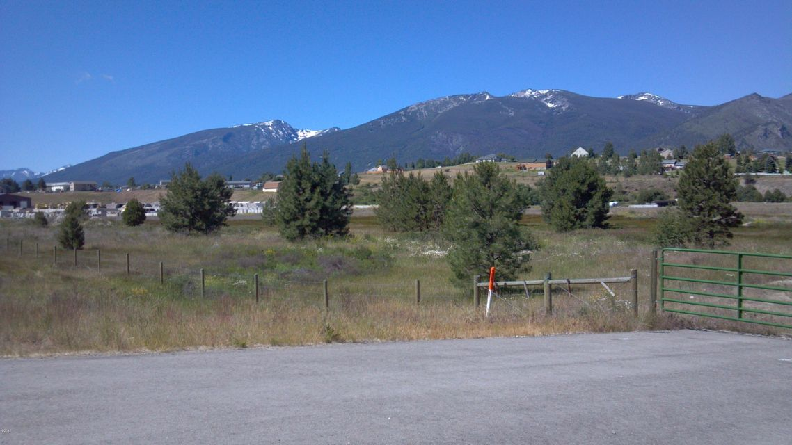 Additional photo for property listing at 477 Us Highway 93  Hamilton, Montana 59840 United States