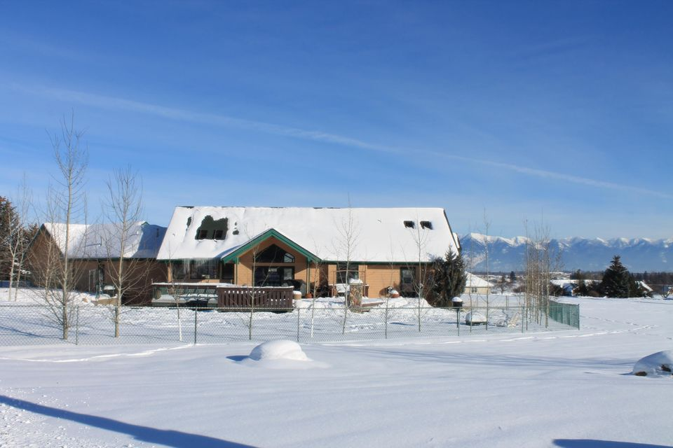Additional photo for property listing at 1381 Creekside Court  Kalispell, Montana 59901 United States