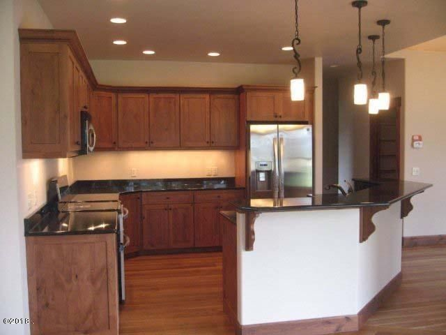 Additional photo for property listing at 37 Lake Pointe Court  Bigfork, Montana 59911 United States