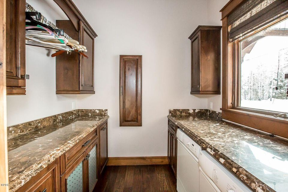 Additional photo for property listing at 555  Whitefish Hills Drive 555  Whitefish Hills Drive Whitefish, 몬타나,59937 미국