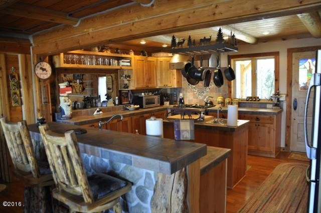 Additional photo for property listing at 582 Tin Cup Road  Darby, Montana 59829 United States
