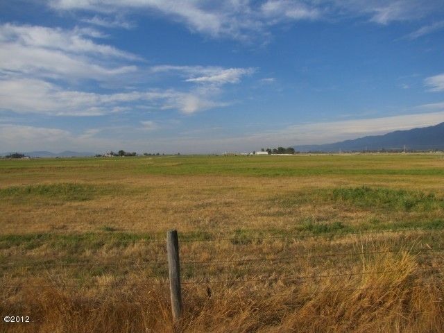 Additional photo for property listing at 37261  Mink Lane  Ronan, Montana,59864 Stati Uniti