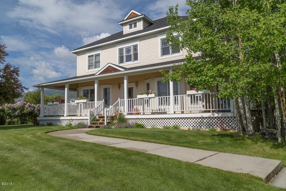 Single Family Home for Sale at 1097 Cherry Orchard Loop Hamilton, Montana 59840 United States