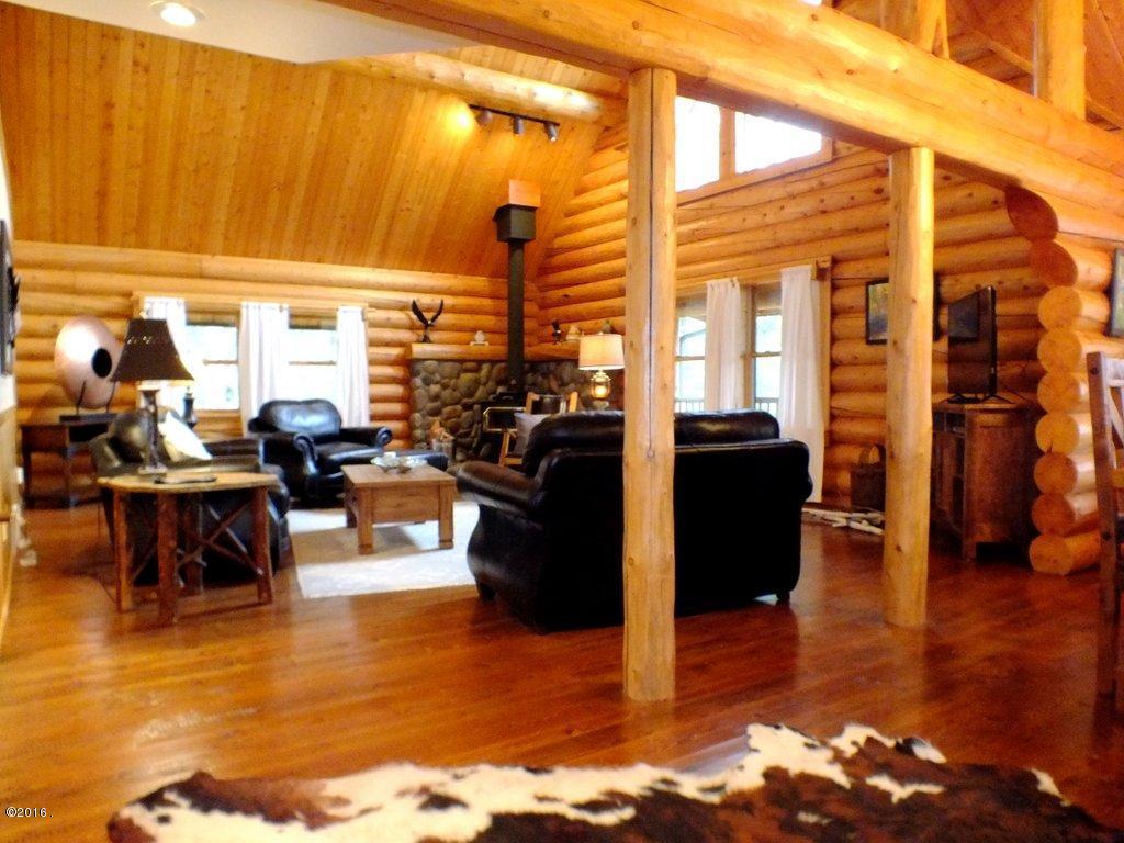 Additional photo for property listing at 653 Latigo Lane  Bigfork, Montana 59911 United States