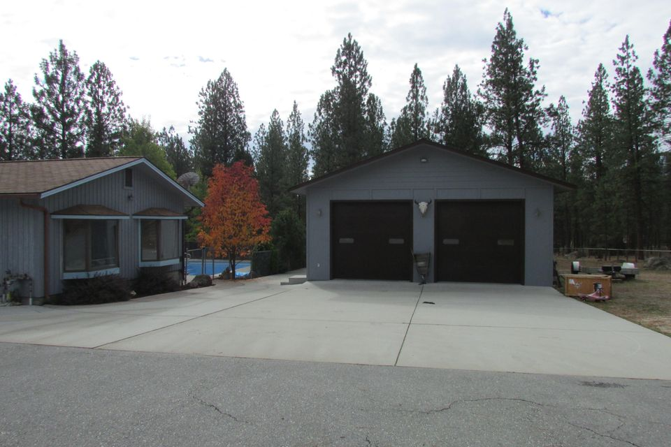 Additional photo for property listing at 130 Woodland Way  Hamilton, Montana 59840 United States