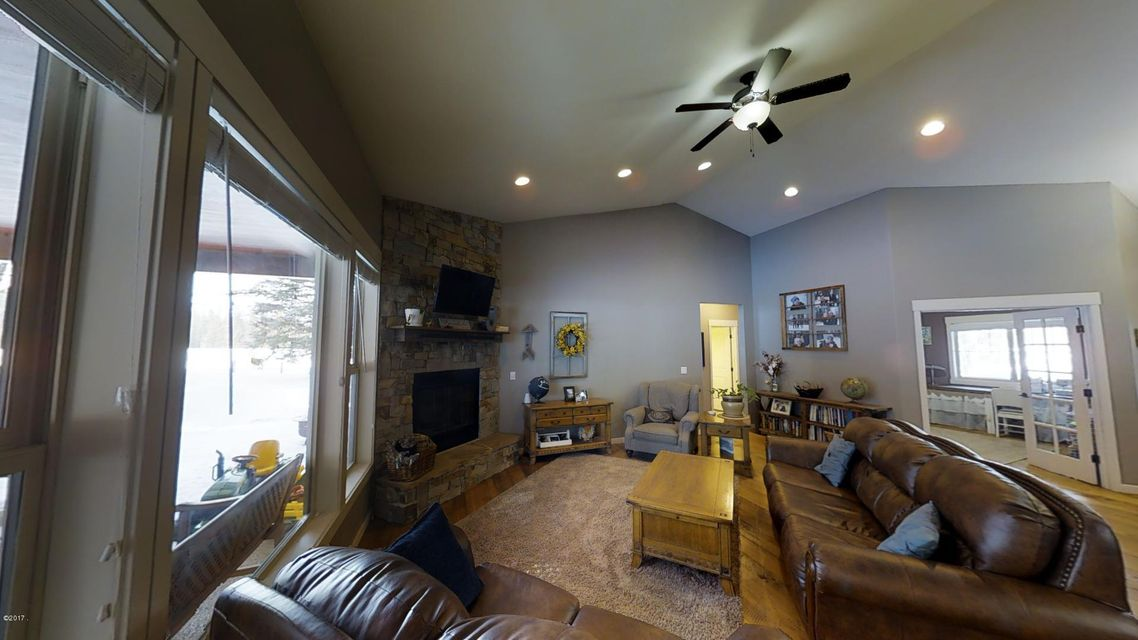 Additional photo for property listing at 216 Tavern Lane  Columbia Falls, Montana 59912 United States
