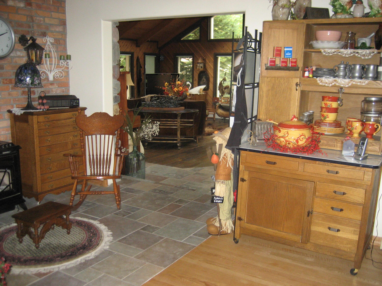 Kitchen to solarium (2)