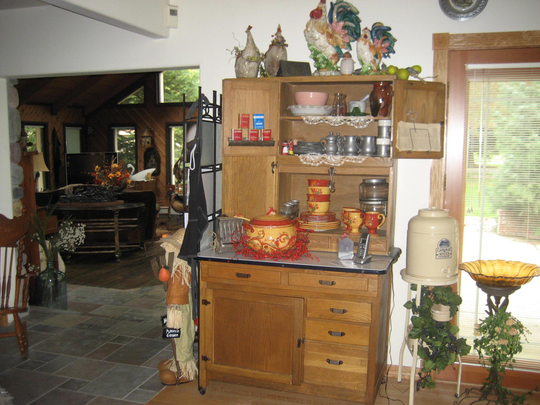 kitchen to solarium