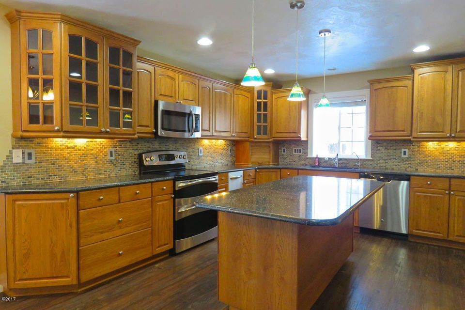 Additional photo for property listing at 11 Mountain Park Lane  Kalispell, Montana 59901 United States
