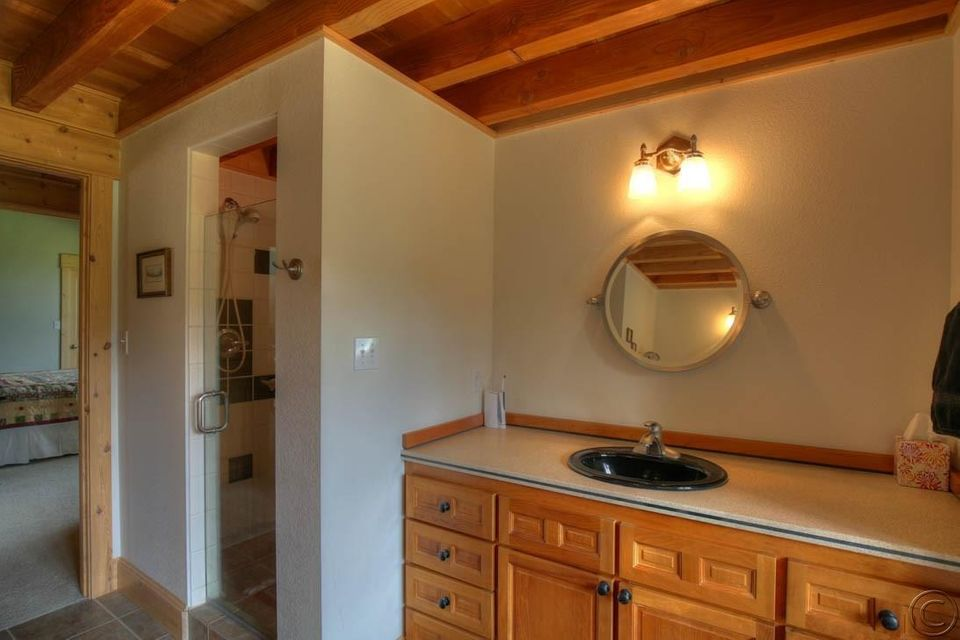 Additional photo for property listing at 2a Ridge Lane  Trout Creek, Montana 59874 United States