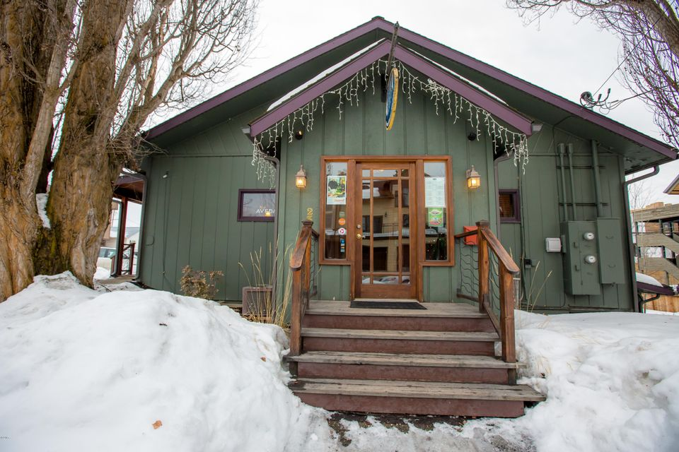 Additional photo for property listing at 235 East 1st Street  Whitefish, Montana 59937 United States