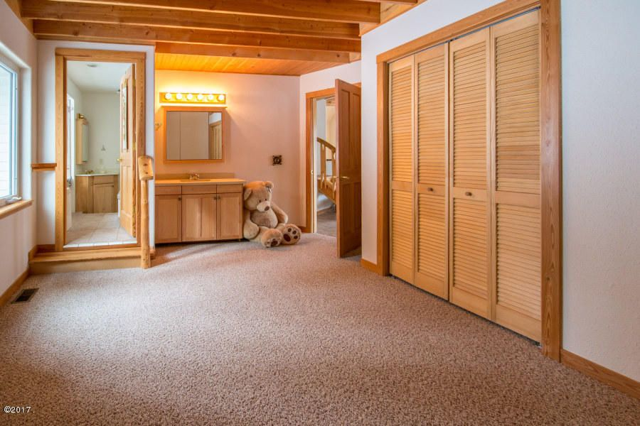 Additional photo for property listing at 220-230 Tamarack Woods Drive  Lakeside, Montana 59922 United States