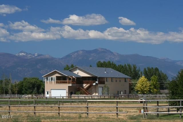 Single Family Home for Sale at 695 Bass Lane Corvallis, Montana 59828 United States