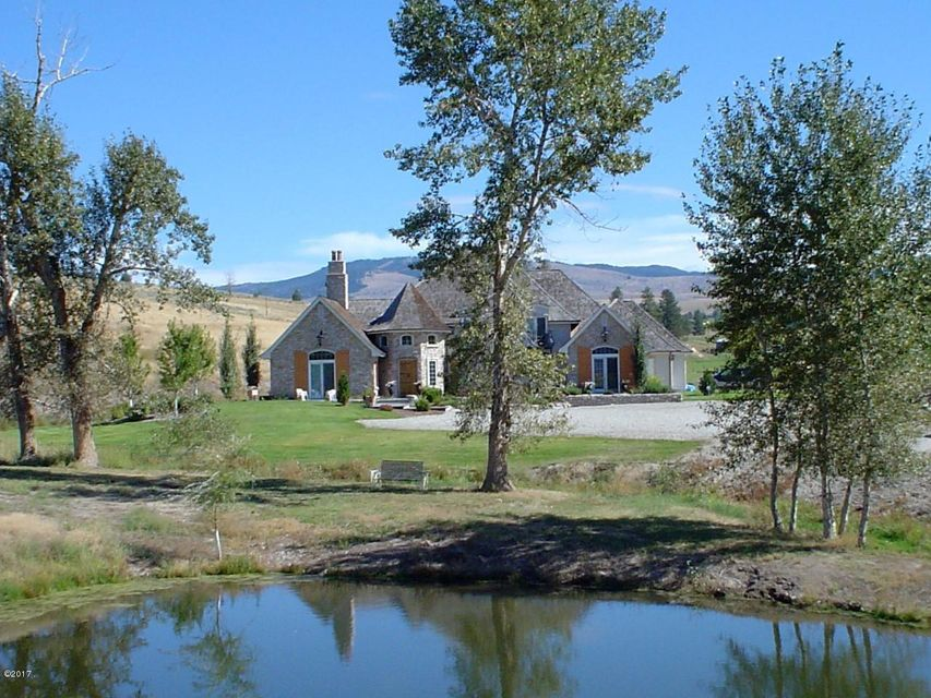 Single Family Home for Sale at 421 Spooner Creek Lane Stevensville, Montana 59870 United States