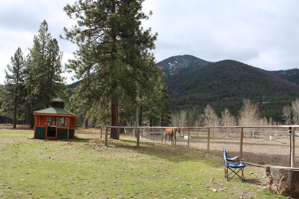 Additional photo for property listing at 10971 Rustic Road  Missoula, Montana 59802 United States