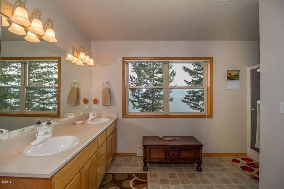 Additional photo for property listing at 30048 Half Circle Way  Polson, Montana 59860 United States