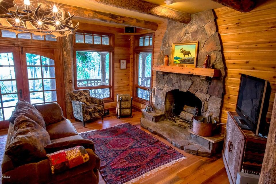 Additional photo for property listing at 660  Bootjack Lake Road  Whitefish, Montana,59937 Estados Unidos