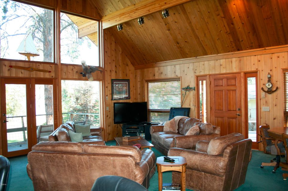Additional photo for property listing at 45822 Meadowlark Spur  Big Arm, Montana 59910 United States