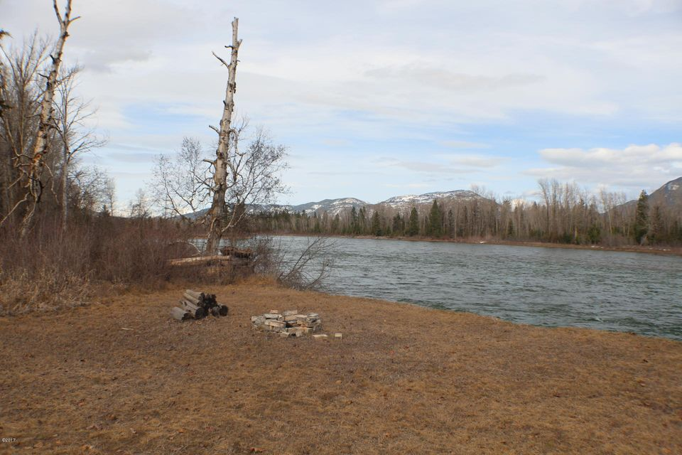 Additional photo for property listing at 985 Jellison Road  Columbia Falls, Montana 59912 United States