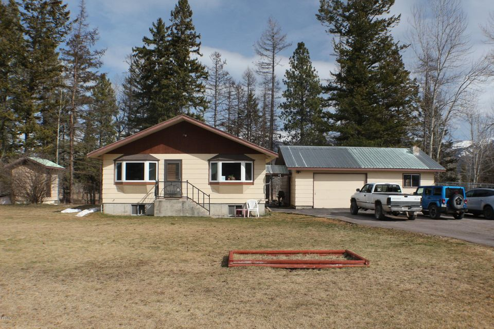 Single Family Home for Sale at 985 Jellison Road Columbia Falls, Montana 59912 United States
