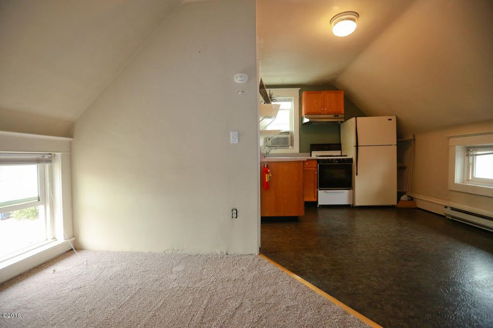 Additional photo for property listing at 418 East Broadway Street  Missoula, Montana 59802 United States