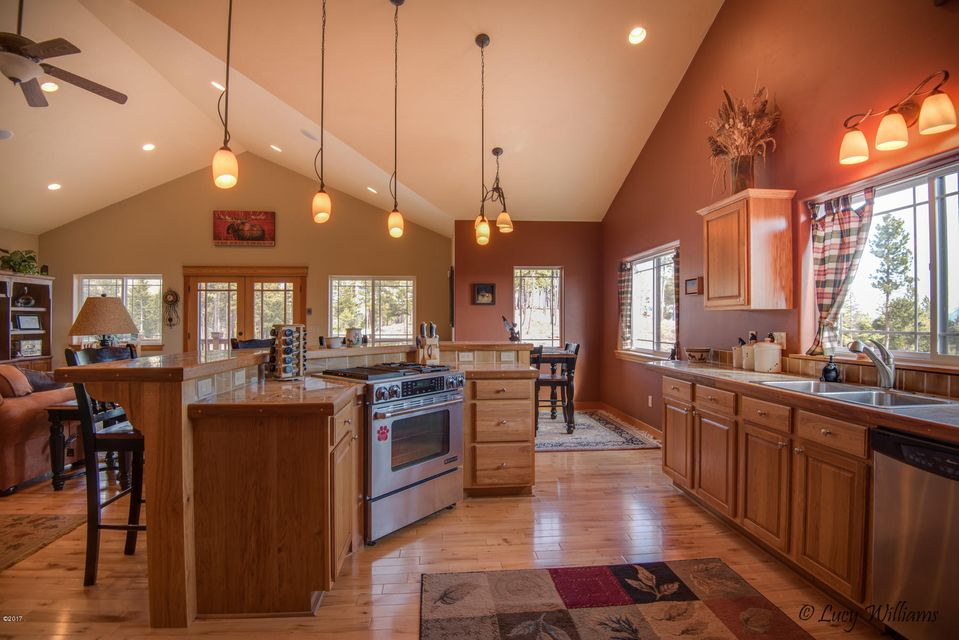 Additional photo for property listing at 768 Cloud Creek Road  Somers, Montana 59932 United States