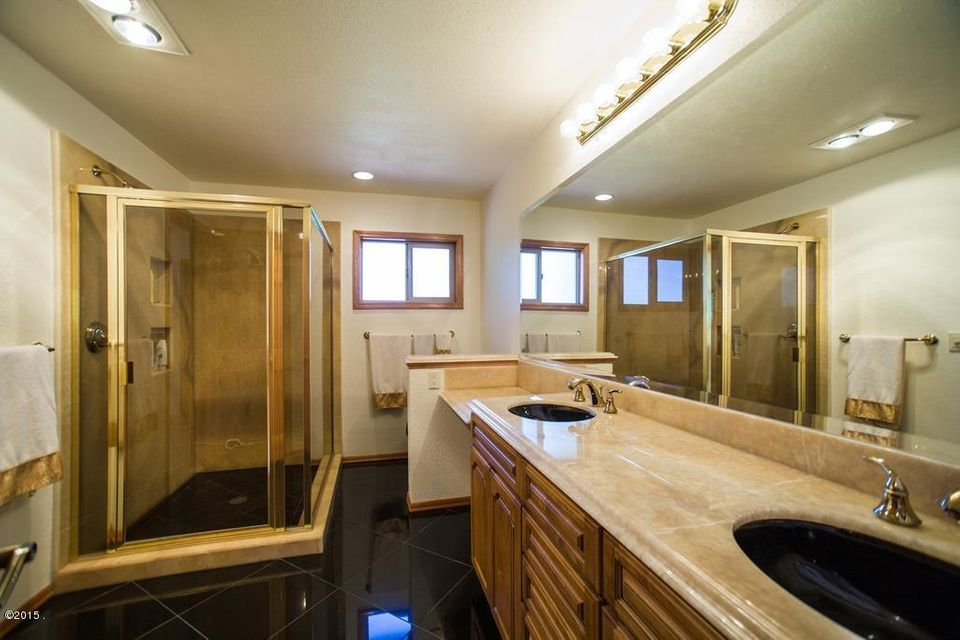 Additional photo for property listing at 195 Mcdowell Drive 195 Mcdowell Drive Bigfork, Montana 59911 United States