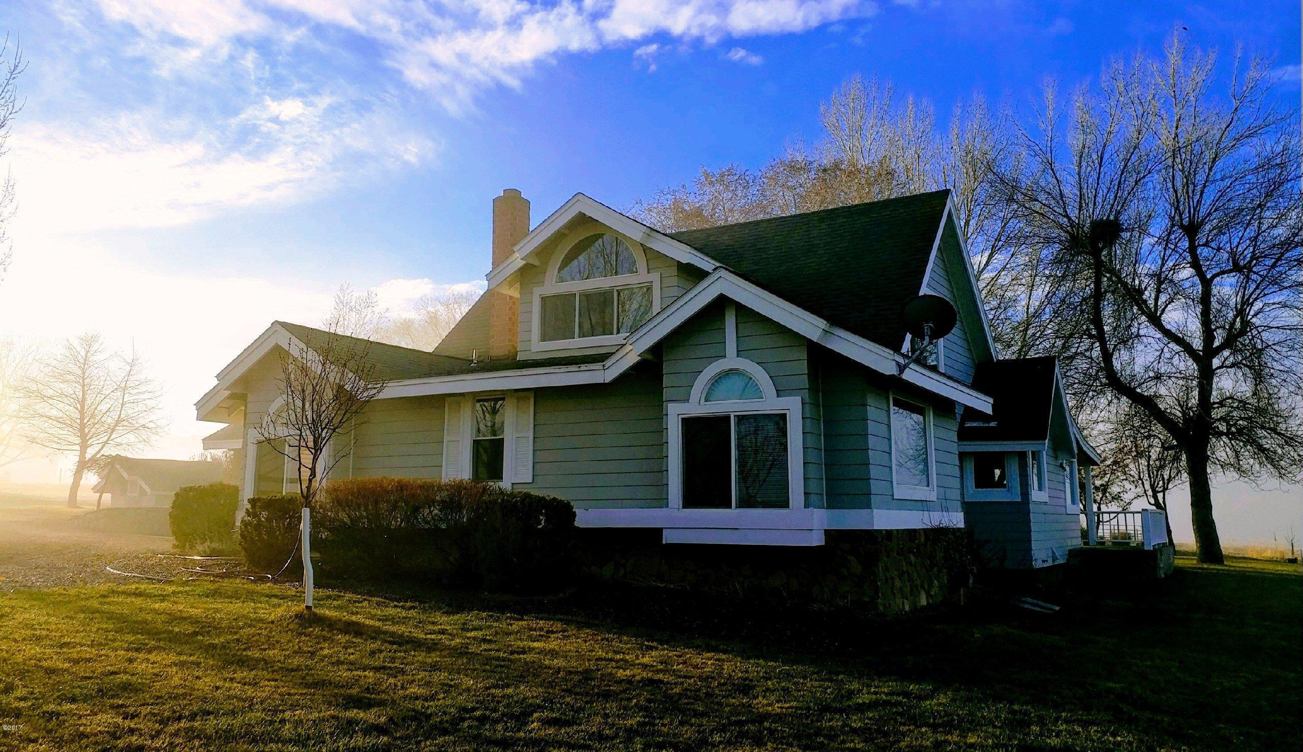 Additional photo for property listing at 599 & 605 Popham Lane  Corvallis, Montana 59828 United States