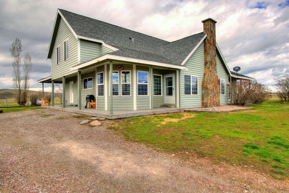 Single Family Home for Sale at 42501 Stasso Road 42501 Stasso Road Polson, Montana 59860 United States