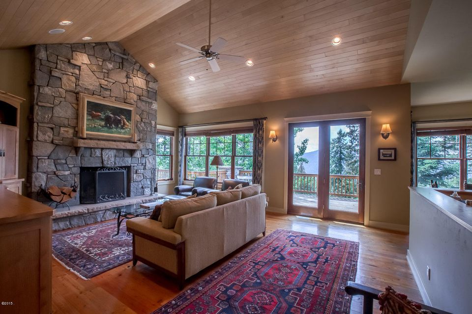 Additional photo for property listing at 113 South Shooting Star Circle 113 South Shooting Star Circle Whitefish, Montana 59937 United States