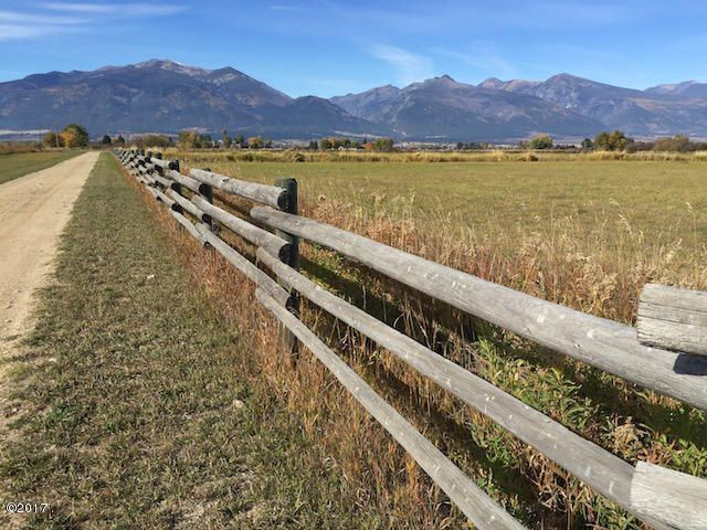 Additional photo for property listing at 644 South Burnt Fork Road  Stevensville, Montana 59870 United States