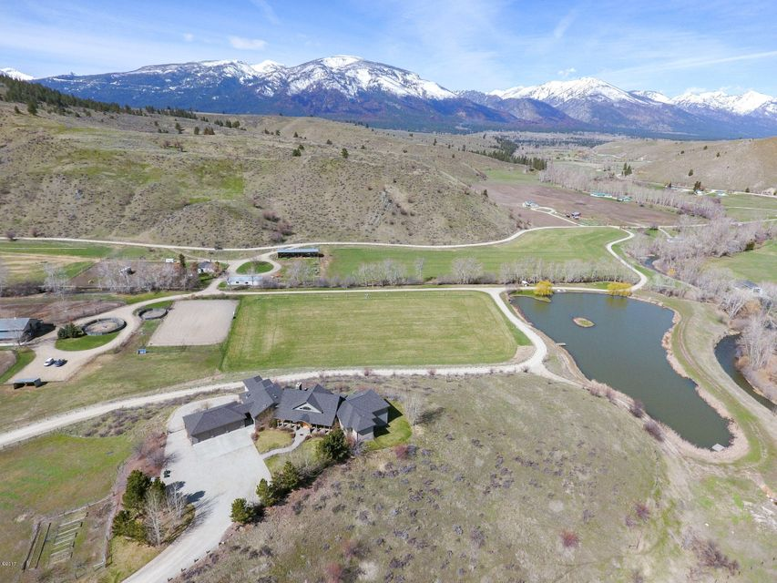 Additional photo for property listing at 1560 Little Sleeping Child Road  Hamilton, Montana 59840 United States