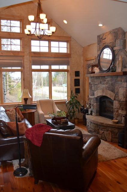 Additional photo for property listing at 100 State Park Road  Whitefish, Montana 59937 United States