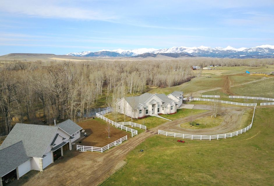 Additional photo for property listing at 351  Rock Creek Road  Clyde Park, モンタナ,59018 アメリカ合衆国