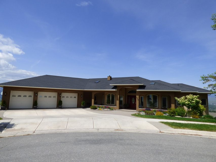 Single Family Home for Sale at 402 Rainier Court Missoula, Montana 59803 United States