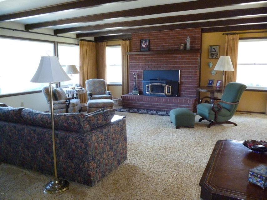 Additional photo for property listing at 279 Upper River Road  Heron, Montana 59844 United States