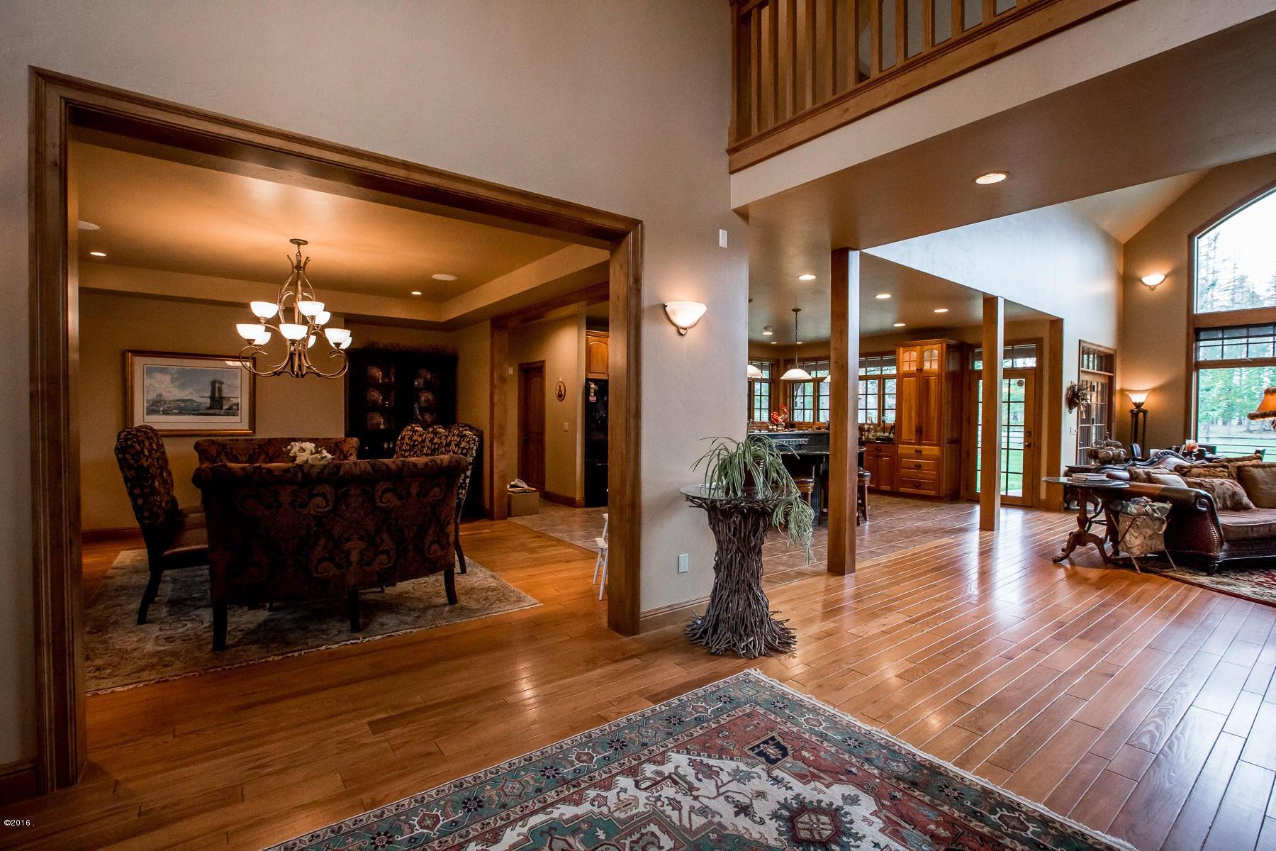 Additional photo for property listing at 150 La Bar Lane  Whitefish, Montana 59937 United States