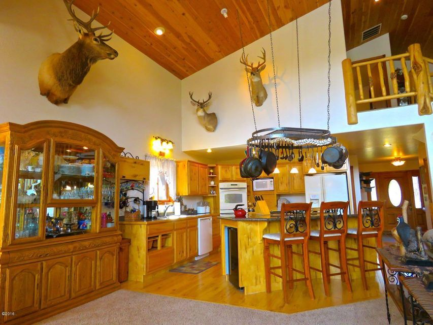 Additional photo for property listing at 9697 Boy Scout Road  Seeley Lake, Montana 59868 United States