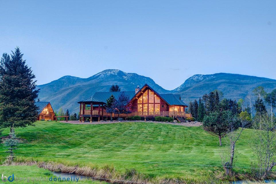Casa Unifamiliar por un Venta en 870 Smith Meadows Lane Condon, Montana,59826 Estados Unidos