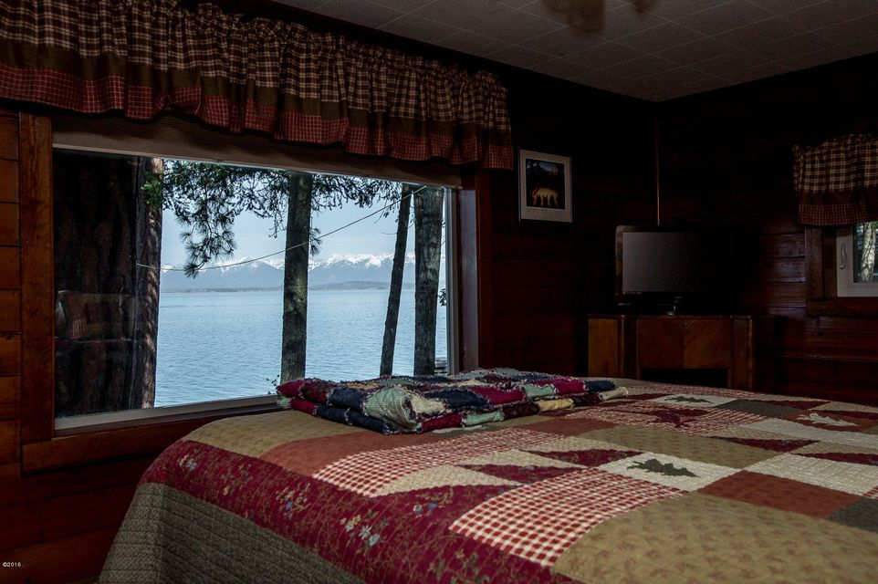 Additional photo for property listing at 373  Caroline Point Road  Lakeside, モンタナ,59922 アメリカ合衆国