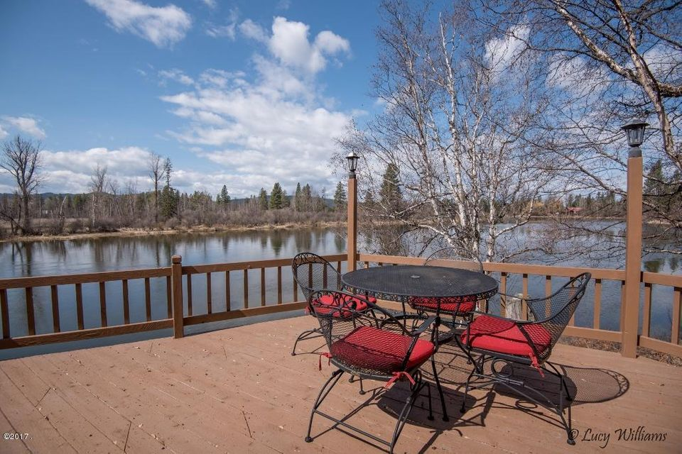 Single Family Home for Sale at 700 Wolf Creek Drive Bigfork, Montana 59911 United States