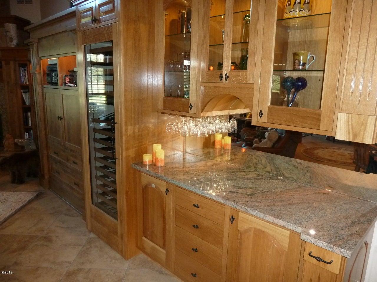 Additional photo for property listing at 346 Eagle Bend Drive  Bigfork, Montana 59911 United States