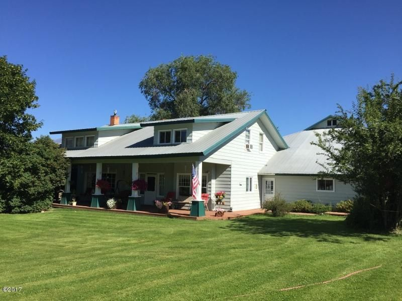 Single Family Home for Sale at 2568 Home Acres Road 2568 Home Acres Road Stevensville, Montana 59870 United States