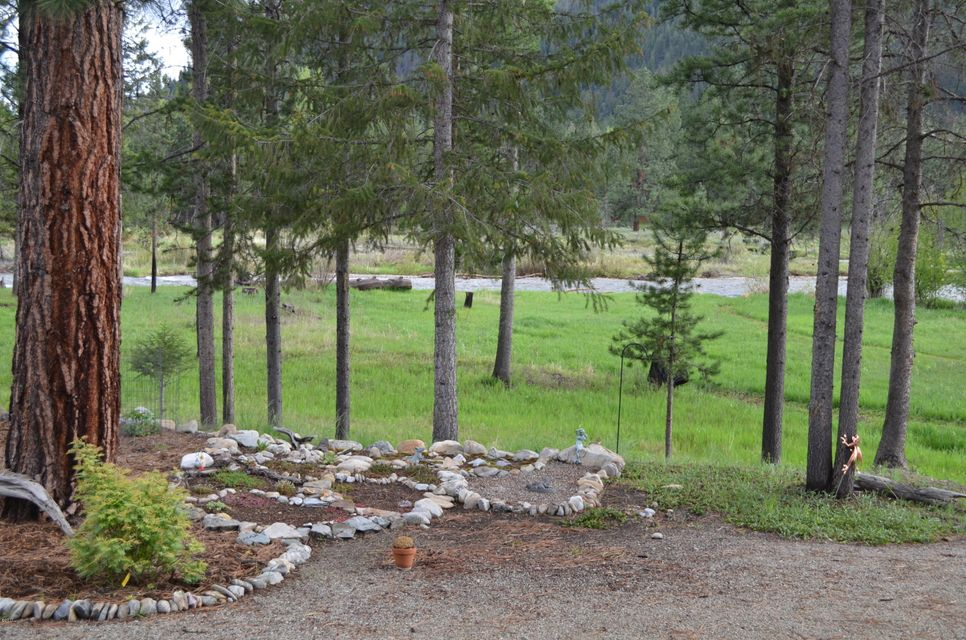 Additional photo for property listing at 114 Mountain Lion Trail 114 Mountain Lion Trail Darby, Montana 59829 United States