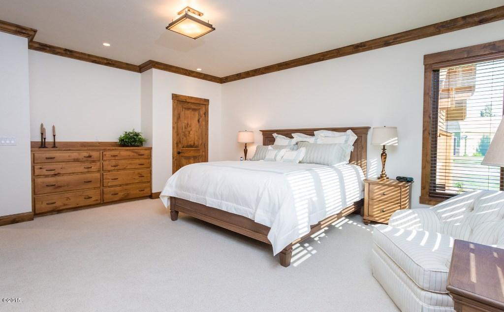 Additional photo for property listing at 107 Cougar Loop 107 Cougar Loop Bigfork, Montana 59911 United States