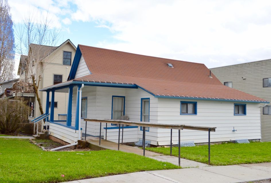 Single Family Home for Sale at 205 East 1st Street Whitefish, Montana 59937 United States