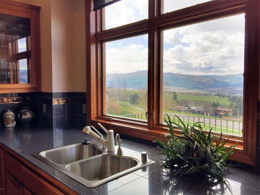 Additional photo for property listing at 201 Mansion Heights Drive 201 Mansion Heights Drive Missoula, Montana 59803 United States