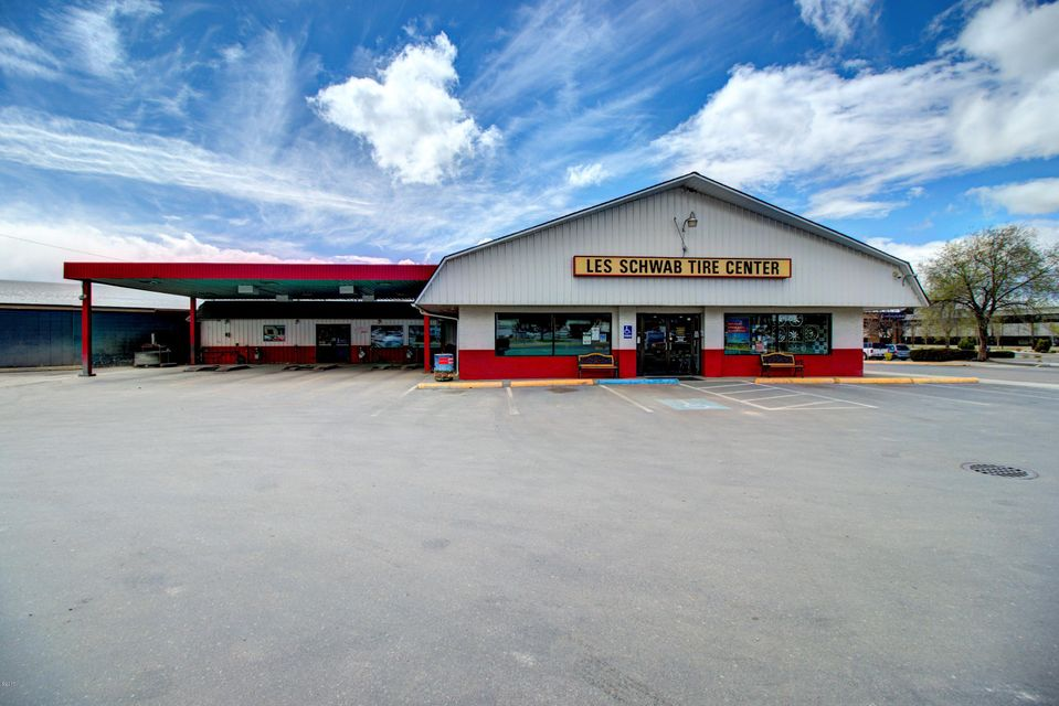Commercial for Sale at 2605 Brooks Street Missoula, Montana 59801 United States