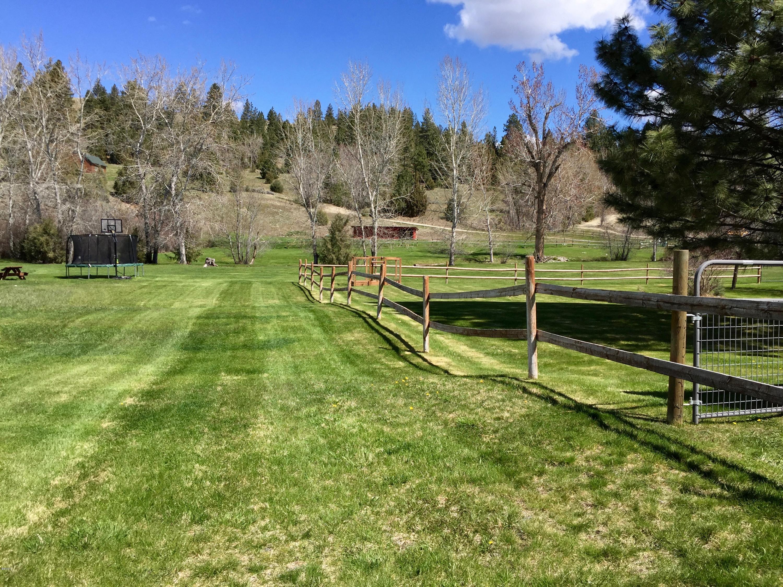 Additional photo for property listing at 1454 Middle Burnt Fork Road  Stevensville, Montana 59870 United States