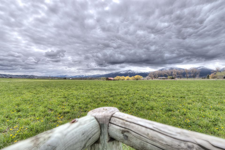 Additional photo for property listing at 500  Lovers Lane  Hamilton, Montana,59840 Vereinigte Staaten